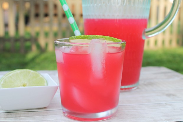 Hibiscus-Ginger Limeade | Bake. Create. Love.
