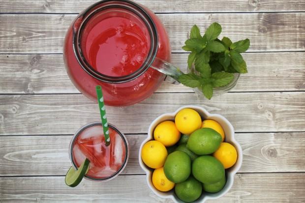 Strawberry-Mint Limeade/Lemonade | Bake. Create. Love.